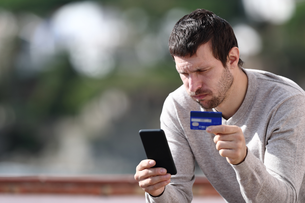 does-cancelling-a-credit-card-hurt-your-credit